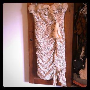 BCBG detailed lace strapless dress!